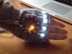 Arduino LilyPad - Thumbnail